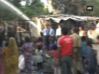 Fire engulfs slum area in Bhopal
