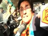 Bedi on roadshow spree as high octane campaigning for Delhi ...