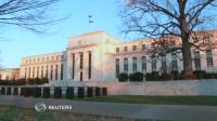 Fed points to economic weakness